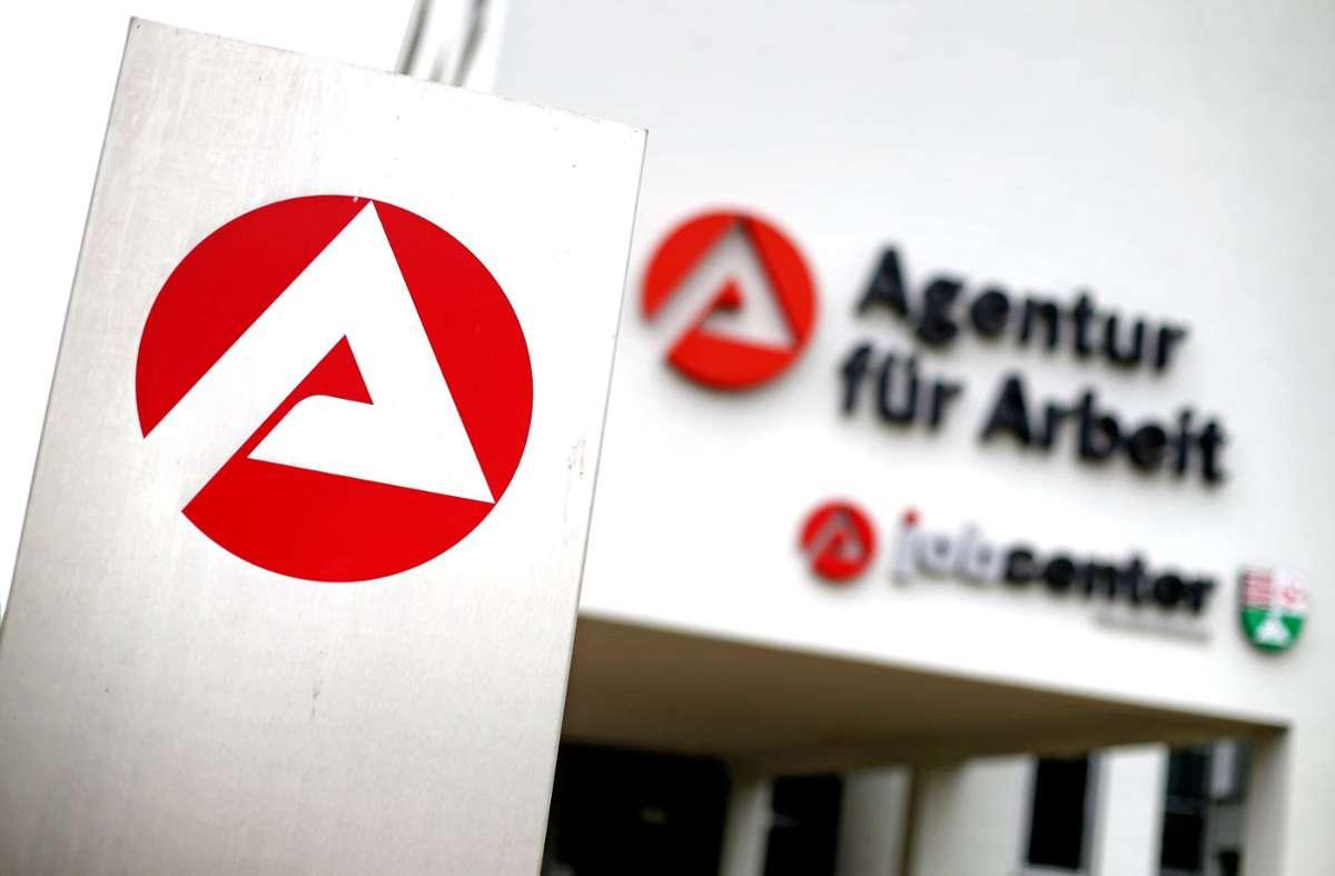 Agentur für Arbeit: Die Hartz-IV-Sätze könnten zum 1. Januar 2021 steigen. Foto: dpa/Jan Woitas