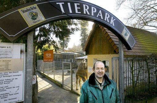 Der Tierpark-Chef Heiko Eger muss seinen Zoo verkleinern. Foto: Horst Rudel