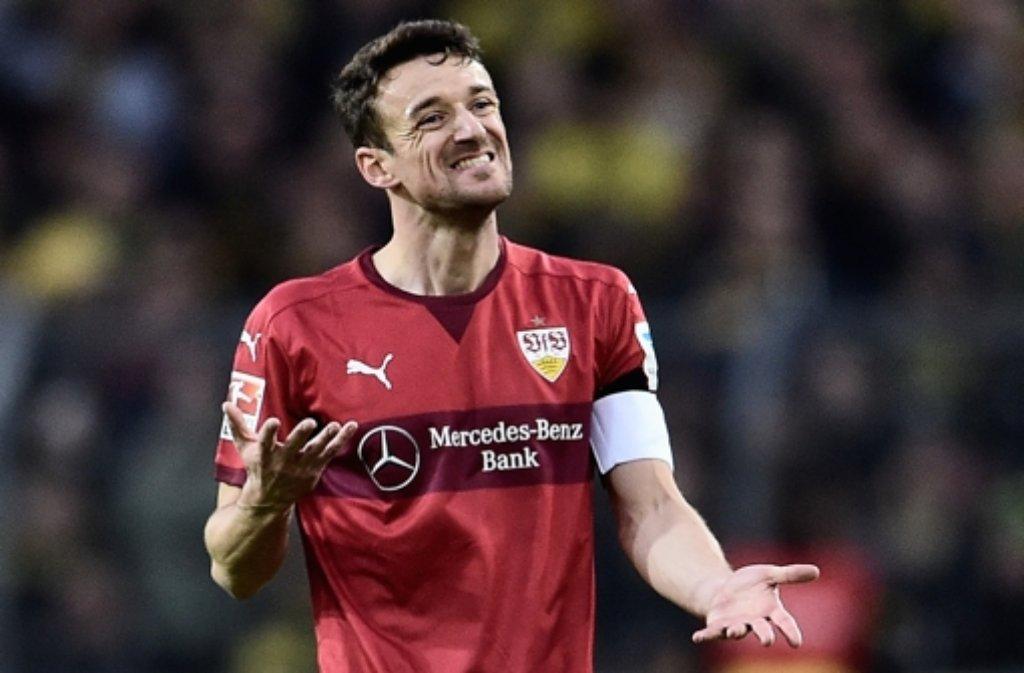 Christian Gentner sagt, der VfB habe sich gegen Dortmund zu viele Fehler geleistet. Weitere Stimmen zum Spiel gibt es in der Bildergalerie. Foto: Bongarts