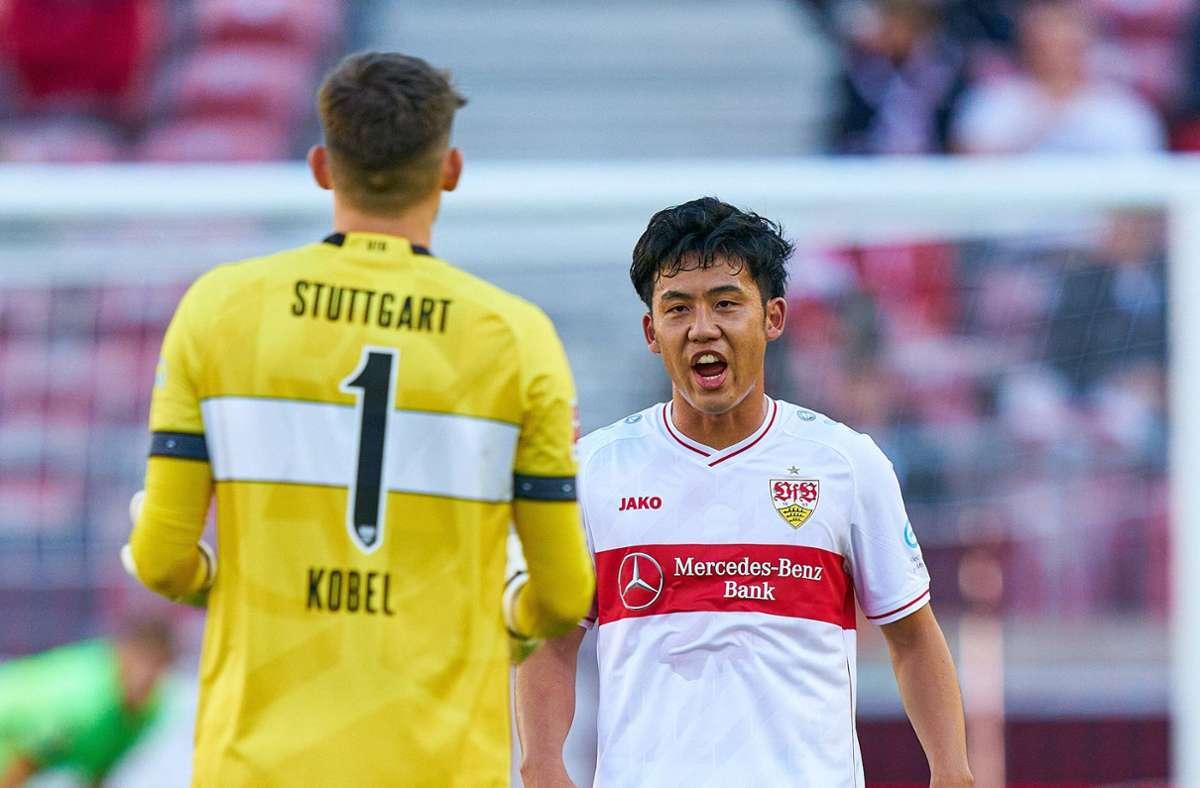 Gregor Kobel und Wataru Endo vom VfB Stuttgart sind wieder fit. Foto: imago images/ActionPictures