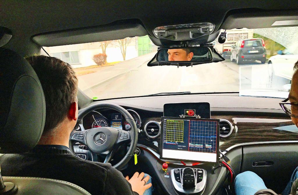 Daimler setzt schon Testwagen für das autonome Fahren ein. Foto: Daimler AG