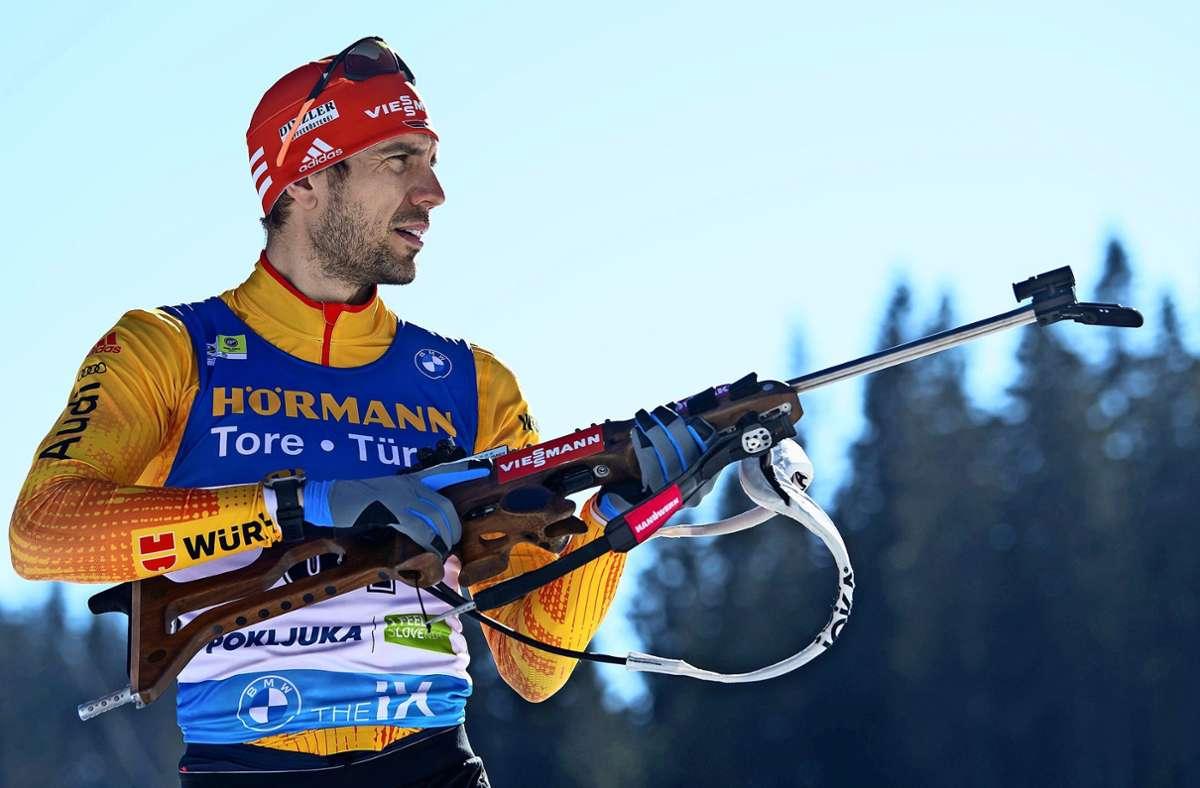 Vor rund drei Wochen holte sich Arnd Peiffer bei der Biathlon-WM in Slowenien noch eine Silbermedaille, nun hat er seine Karriere beendet. Foto: dpa/Sven Hoppe