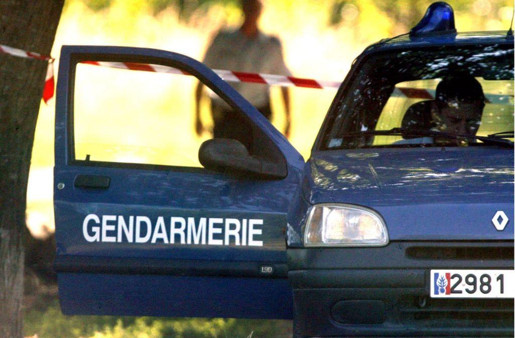 In Frankreich wurde ein Vater festgenommen, der die Leiche seiner Ehefrau im Kofferraum transportierte. (Symbolbild) Foto: dpa/dpaweb