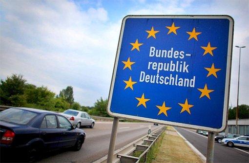 Regierung führt Grenzkontrollen ein