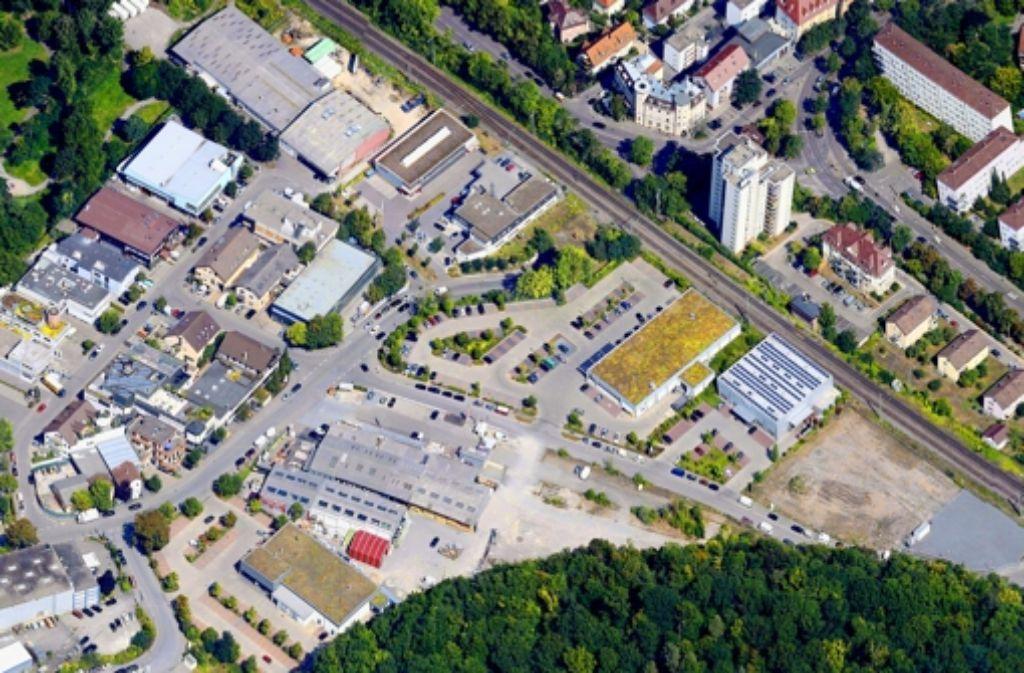 Streitpunkt ist das Areal an der Ecke der Straßen Am Stellwerk und Unter dem Birkenkopf. Foto: Google Maps