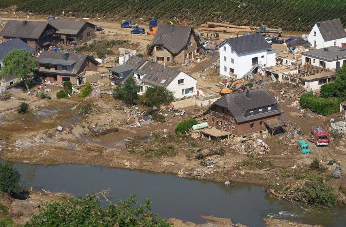Die Aufräumarbeiten in den Hochwassergebieten laufen weiter (Archivbild). Foto: dpa/Thomas Frey