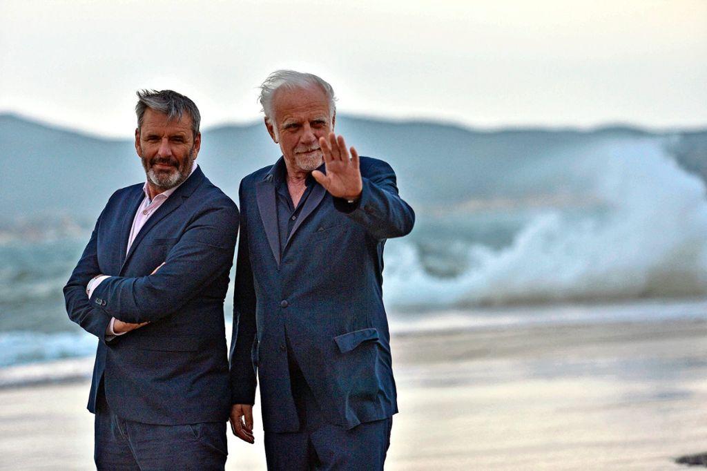 """Roland Baisch (rechts) wird von seinem alten """"Shy Guys""""-Kollegen Clemens Winterhalter begleitet. Foto: alfred cannamela"""