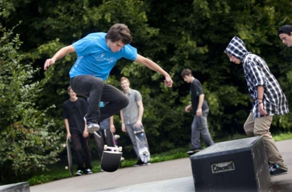 Stadtoasen, Skate open, Spaziergang: auf dem künftigen Platz der Vielfalt ist viel los. Foto: Pressefoto Horst Rudel