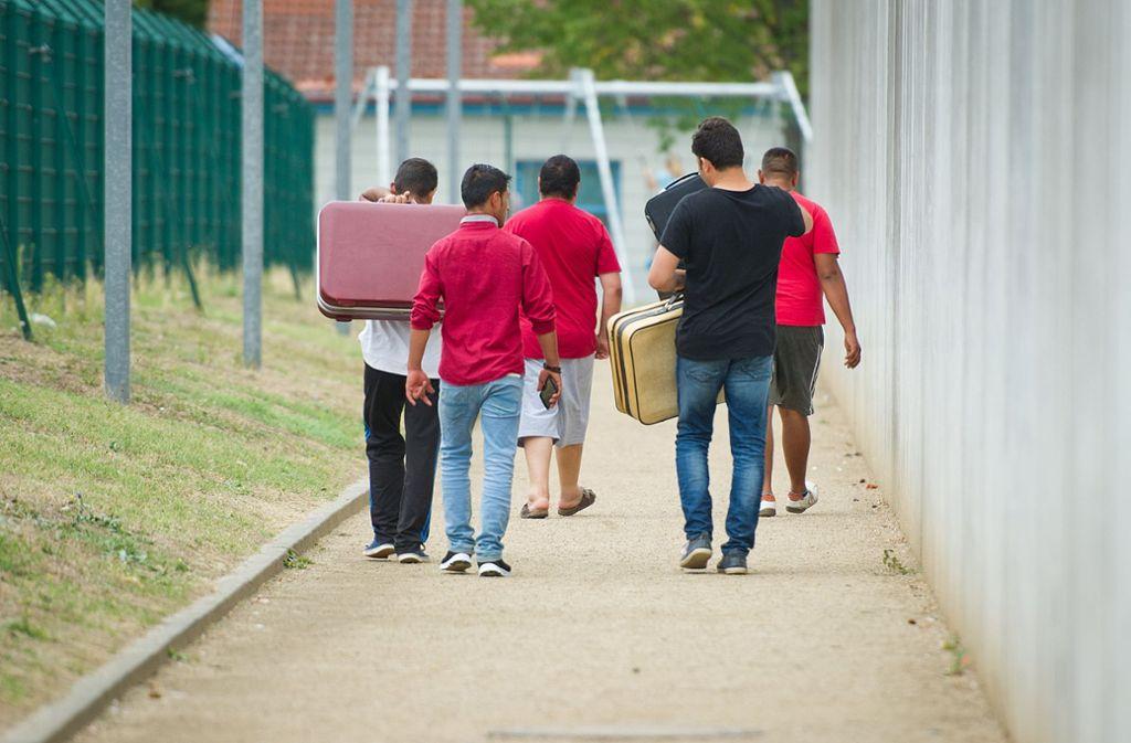 Manche Flüchtlinge müssen jetzt umziehen. Foto: dpa