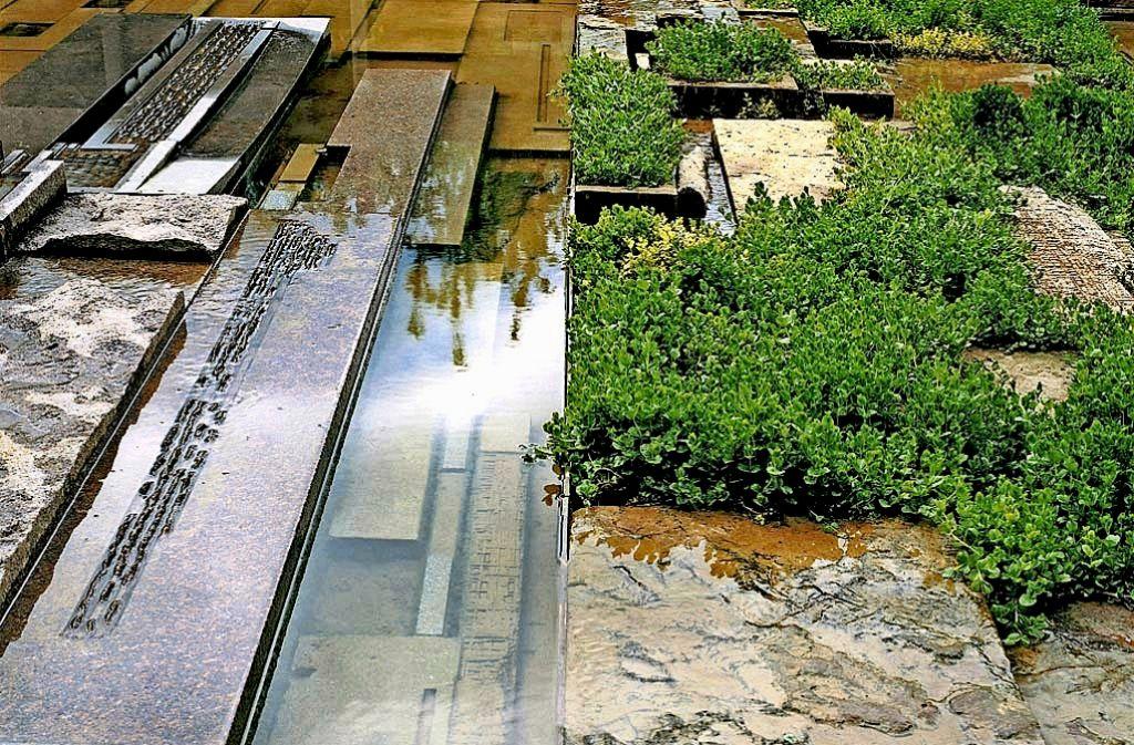 """Vernachlässigte Gartenkunst: der """"Memorial Garden"""" von Michael Singer am Wartberg Foto: Michael Singer"""