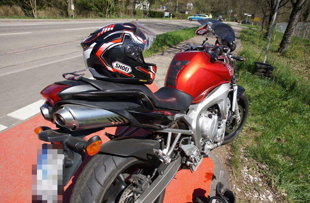 In Rechberghausen kam ein Motorradfahrer ums Leben. Foto: SDMG