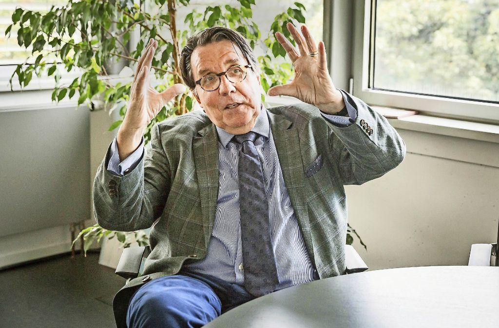 Ministerialdirigent Werner Schempp in Aktion. Foto: Lichtgut/Julian Rettig