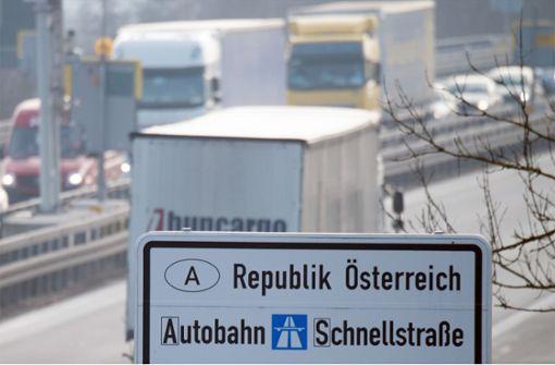 Österreich verschärft Grenzkontrollen zu Nachbarländern