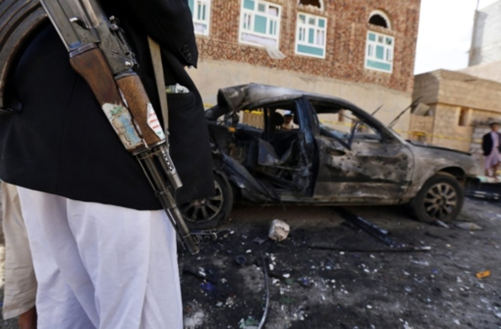 Die Anschläge im Jemen galten den schiitischen Huthi-Rebellen, deren Anhänger die beiden Moscheen vor allem nutzten. Foto: EPA