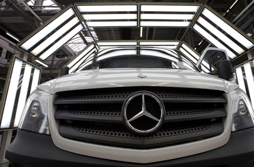 Daimler kämpft derzeit an verschiedenen Fronten. Foto: AP