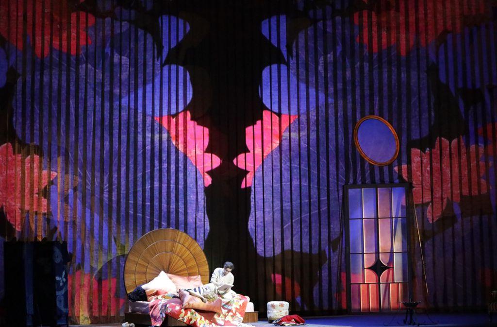 """Farbenfrohe Inszenierung der Richard Strauss Oper """"Der Rosenkavalier"""" an der Staatsoper Unter den Linden in Berlin. Foto: Patricia Sigerist"""