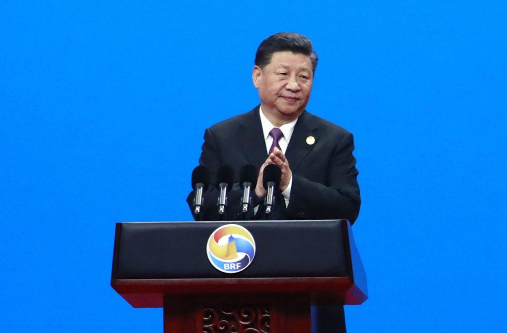 """Präsident Xi Jinping wischt die Bedenken um die """"Neuen Seidenstraße"""" beiseite. Foto: Pool European Pressphoto Agency"""