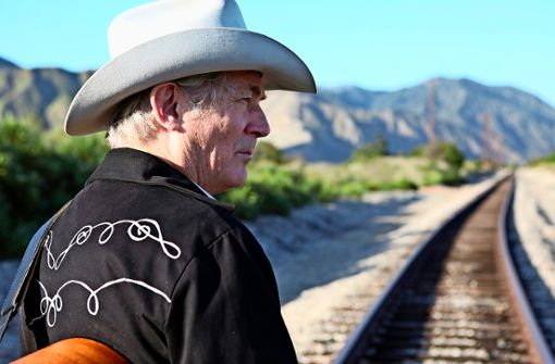 Von Obdachlosigkeit und Straßenmusik zum ersten internationalen Album: Die Geschichte von Doug Seegers könnte von Hollywood verfilmt werden. Am 25. Oktober spielt der Country-Musiker live im Club Zentral.