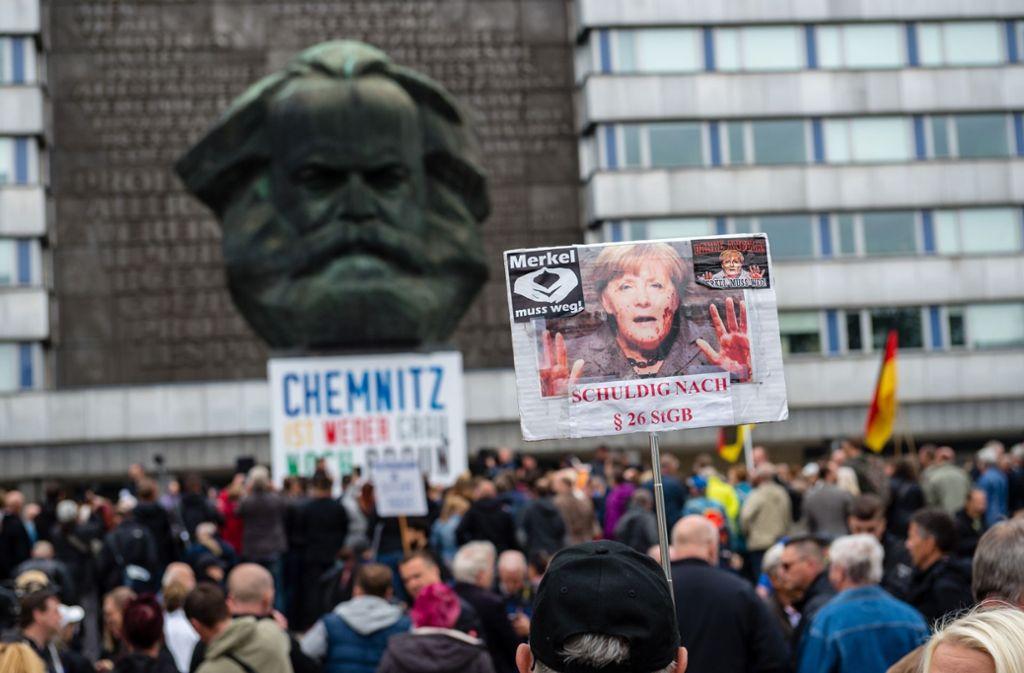 Die Chemnitzer Straßennazis sind nicht die einzigen Feinde unserer wunderbaren bundesrepublikanischen Ordnung, findet unsere Kolumnistin. Foto: Getty Images Europe