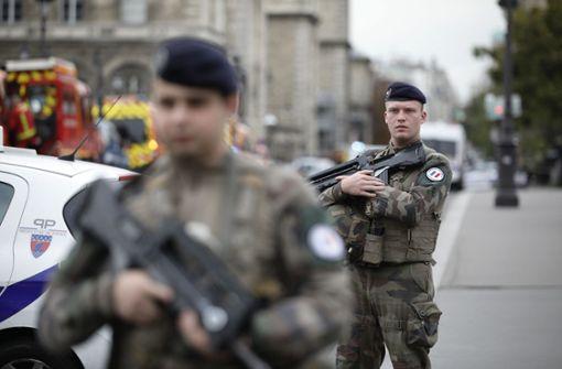 Fünf Festnahmen nach Terroranschlag in Paris
