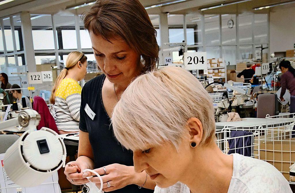 Der Wäschehersteller Mey aus Albstadt steigt    nun auch in die Produktion von  Masken für den Mund- und Nasenschutz ein. Foto: Mey