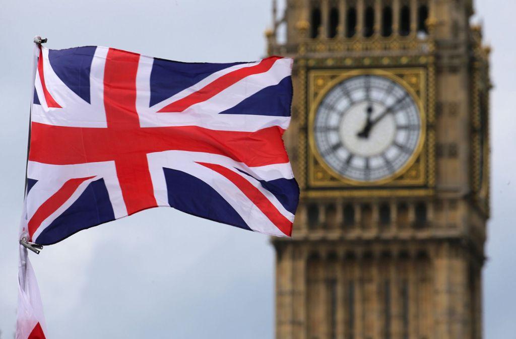 1859 ertönt das erste Mal die große Glocke, der Big Ben, neben dem Parlament in Westminster. Im Moment wird der Turm aufwendig saniert. Foto: dpa