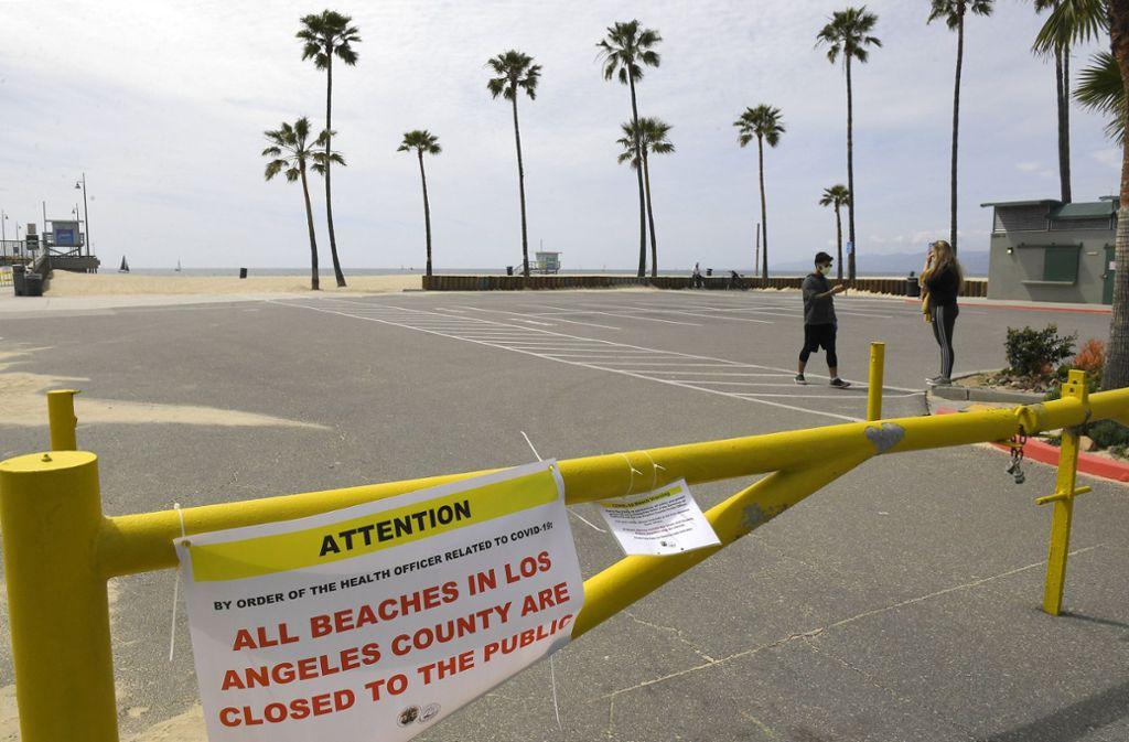So sah der Strand in L. A. in den letzten Wochen aus – das soll sich ab Mittwoch ändern. Foto: dpa/Mark J. Terrill