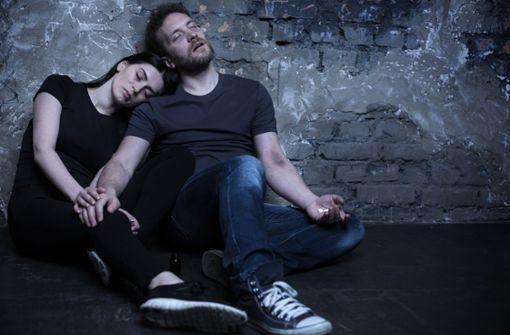 Abhängigkeit statt Liebe – Was tun, wenn der Partner süchtig ist?
