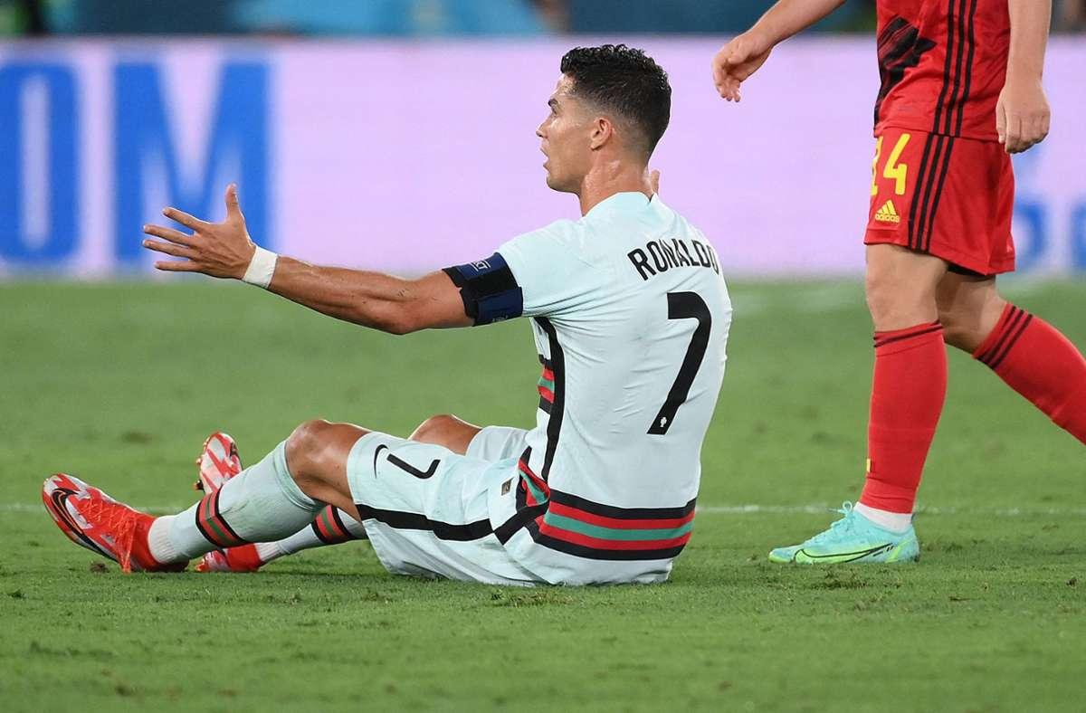 Für Cristiano Ronaldo und sein Team hat es nicht gereicht: Portugal verliert im EM-Achtelfinale mit 0:1 gegen Belgien. Foto: AFP/LLUIS GENE