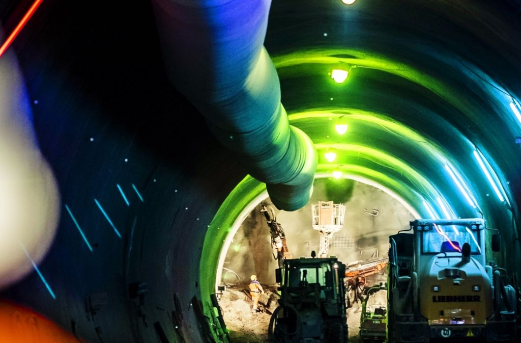Die Belüftung der Tunnel sorgt außerhalb für zu hohe Lärmwerte Foto: Lichtgut/Max Kovalenko