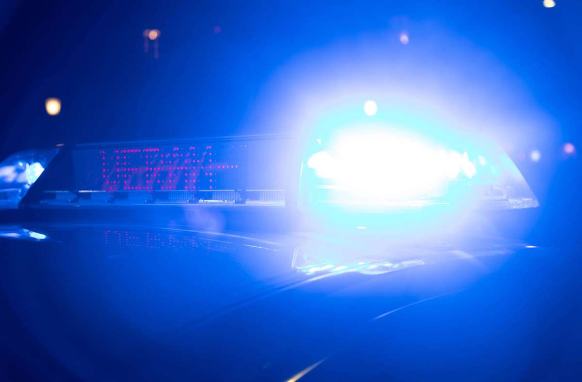 Jetzt sucht die Polizei Zeugen, die sich unter 06261/8090 oder unter 06281/9040 melden sollen (Symbolbild). Foto: imago images/Alexander Pohl