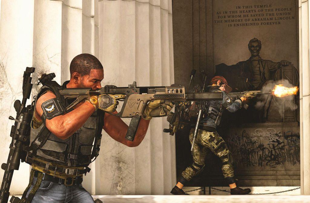 Eine Szene mit Symbolkraft: Schießende Spezialeinheiten am Lincoln Memorial in Washington. Foto: Ubisoft