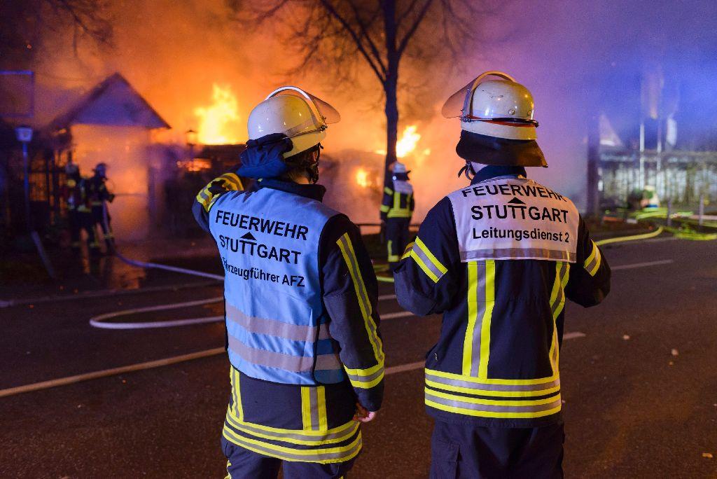 Der Biergarten On Top auf dem Killesberg in Stuttgart hat in der Nacht zum Mittwoch lichterloh gebrannt.  Foto: www.7aktuell.de | Oskar Eyb