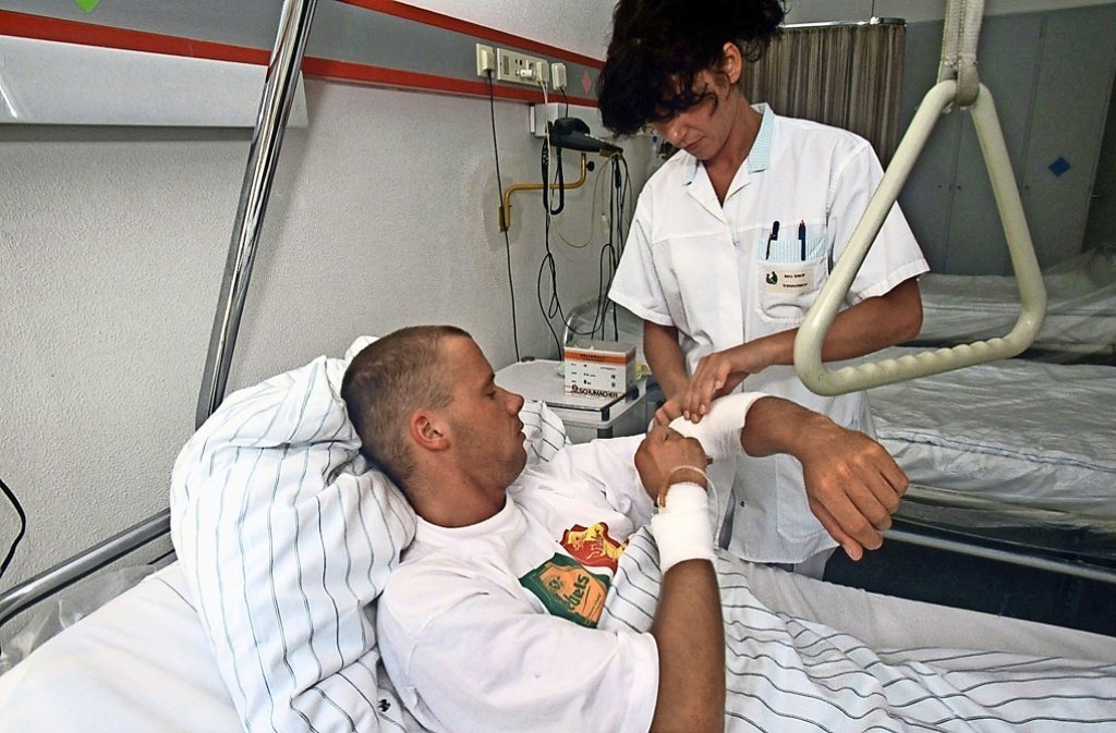 Krankenschwestern haben immer noch den direktesten Kontakt zu den Patienten. Foto: AOK