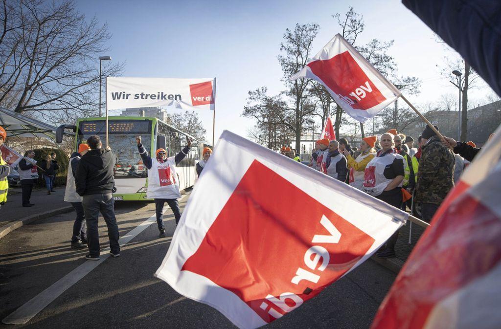 Die Gewerkschaft Verdi hat Busfahrer für diesen Freitag  – wie bereits vor zehn Tagen –   zum Streik aufgerufen. Foto: Gottfried Stoppel/Archiv