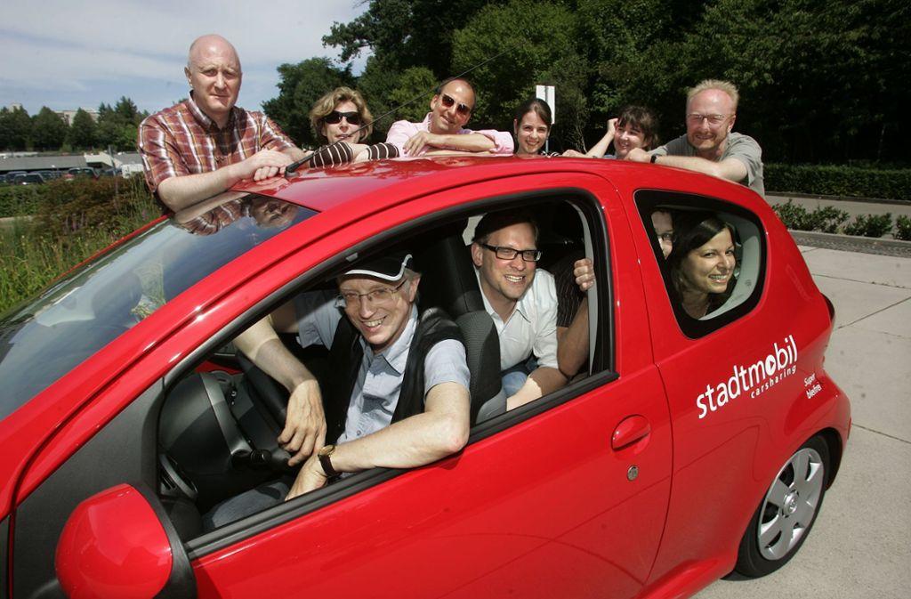 Viele Menschen teilen sich ein Auto und minimieren so den Individualverkehr. Foto: FACTUM-WEISE
