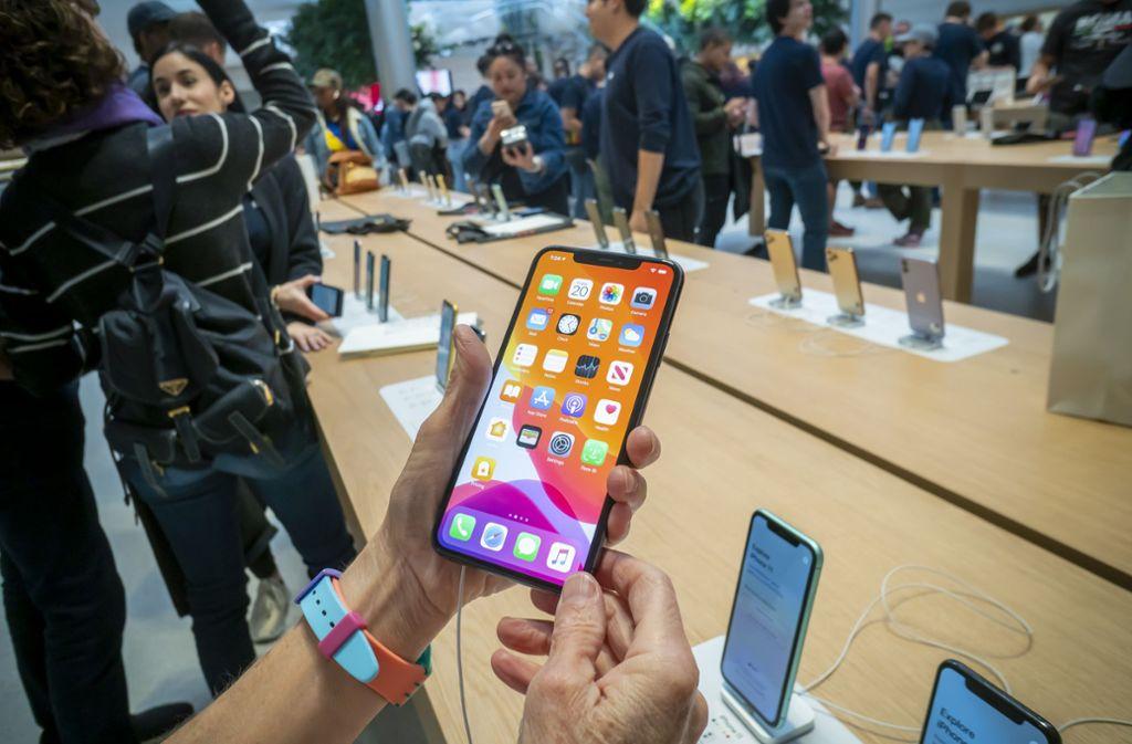 Gewonnen! Schon wieder führt das iPhone die Liste der meistverkauften Smartphones an. Foto: imago images/Richard B. Levine