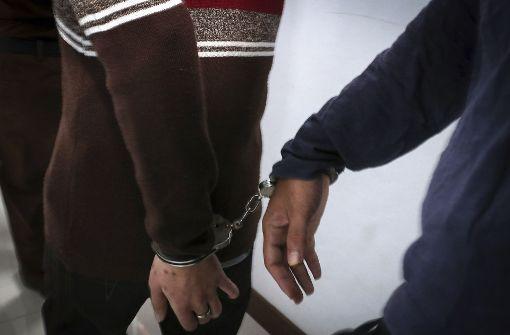 Scharia-Gericht verurteilt schwules Paar zu Schlägen