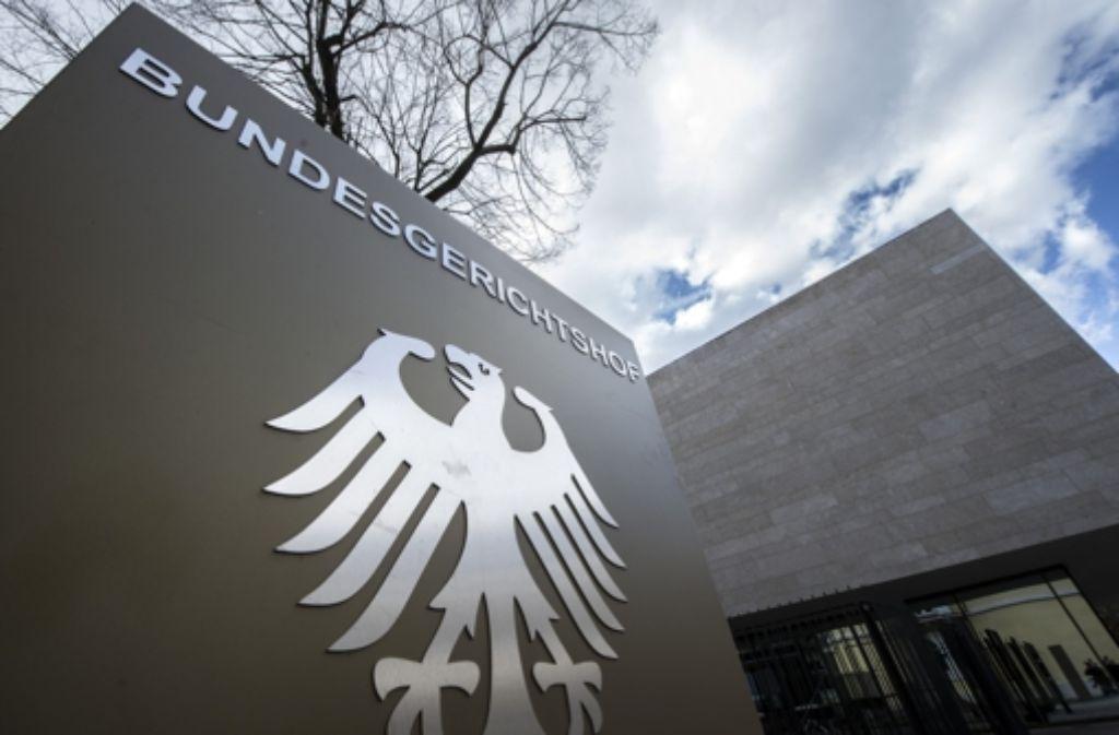Die höchsten Juristen in Karlsruhe wehren sich in ungewöhnlich scharfer Form gegen die Entscheidung von Justizminister Maas, den Generalbundesanwalt zu entlassen. Foto: dpa