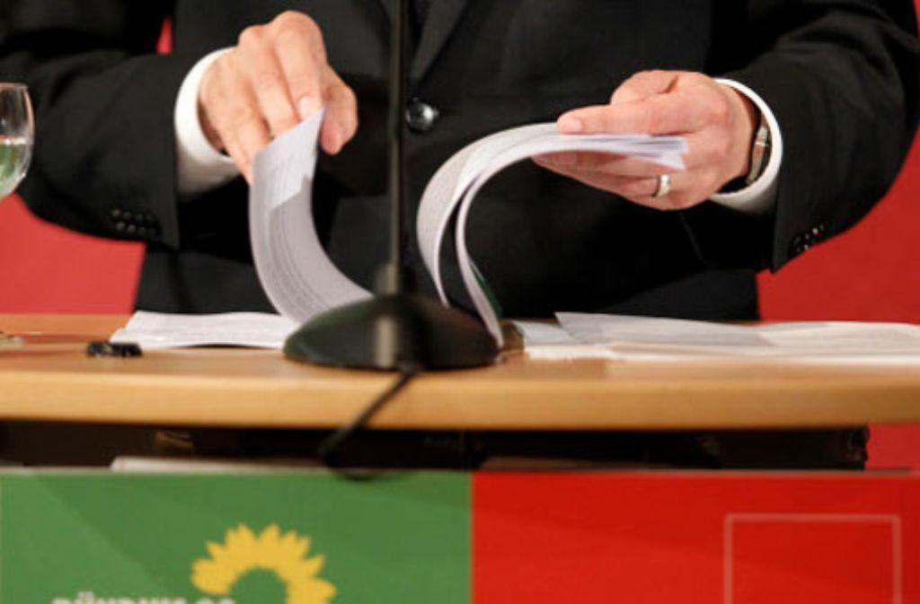 Der Koalitionsvertrag Foto: dapd