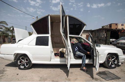 Hochzeitsplaner baut Limousine für Brautpaare selber