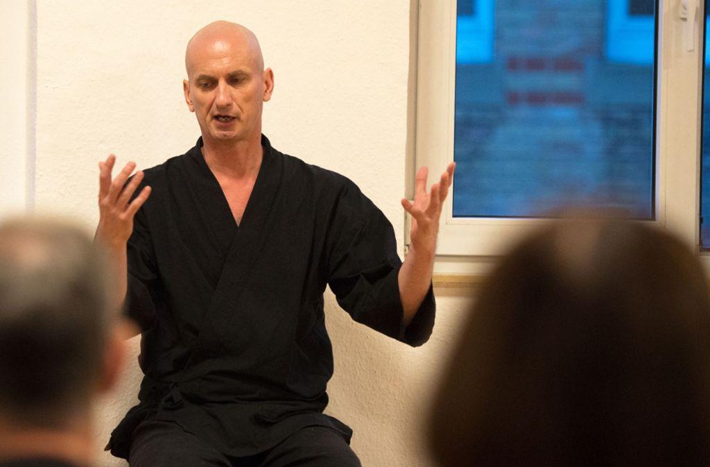 Zen-Meister Muho leitet in Japan ein Kloster Foto: Oliver Willikonsky - Lichtgut