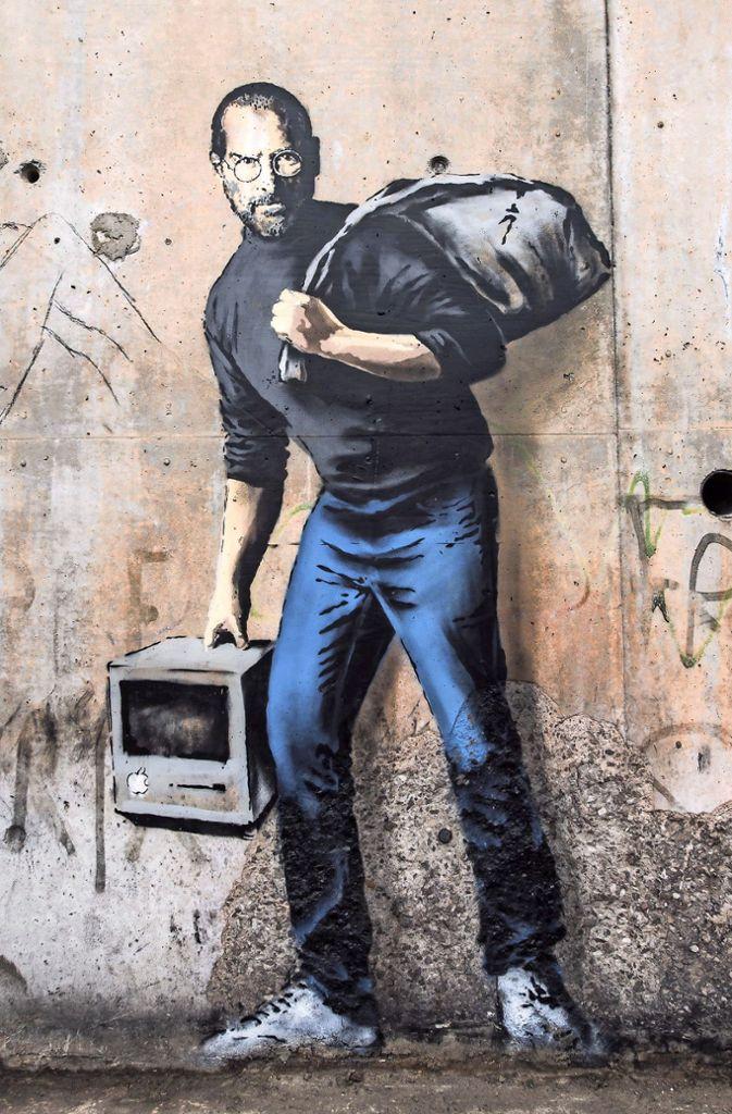 Weitere Banksy-Werke.  Foto: AFP