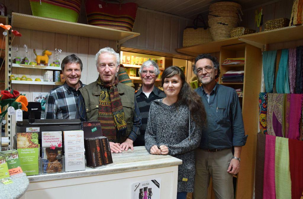 Der Weltladen wird von einem ehrenamtlichen Team betrieben. Unser Foto zeigt einige der Mitglieder. Foto: Alexandra Kratz