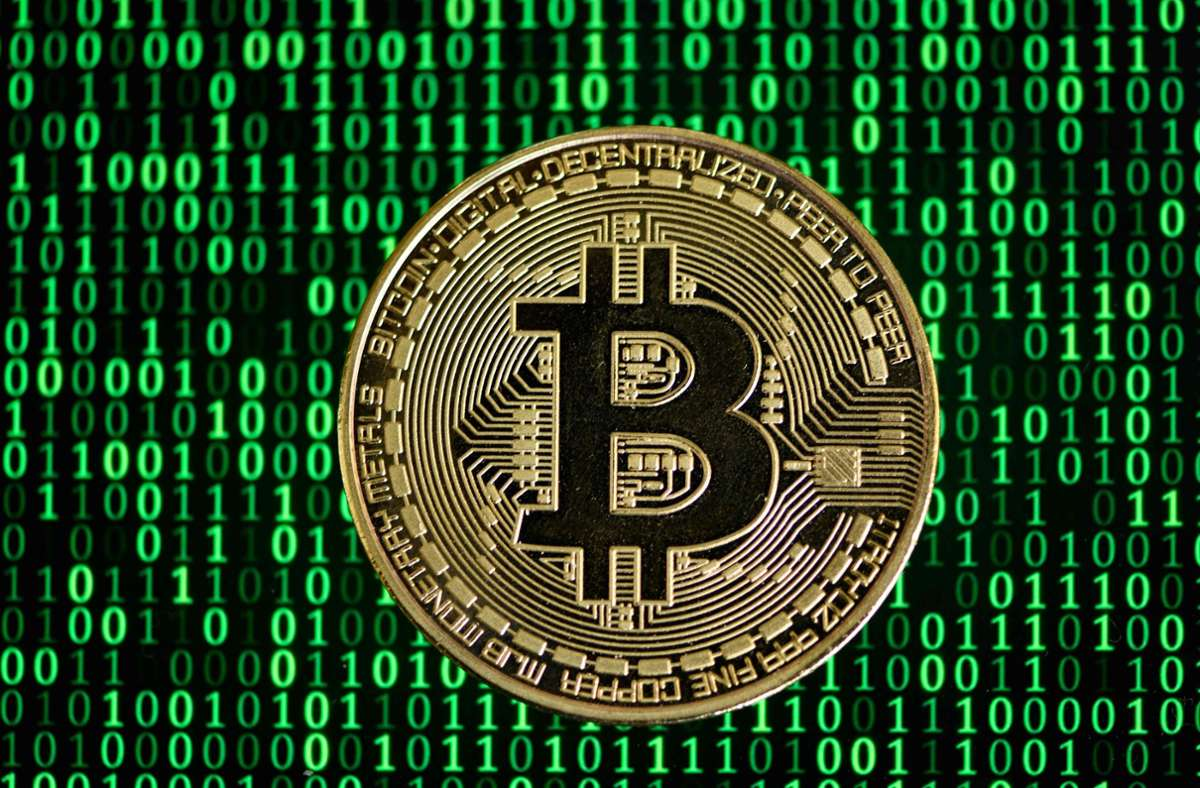 Das Geld stammt aus Gewinnen aus der Digitalwährung Bitcoin (Symbolbild). Foto: AFP/INA FASSBENDER