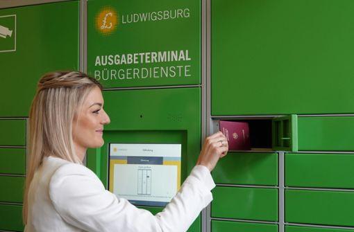 Bundesweit erster Reisepass-Automat eröffnet