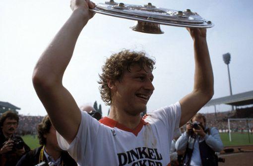 Fans feiern 1984 den Meistertitel des VfB Stuttgart