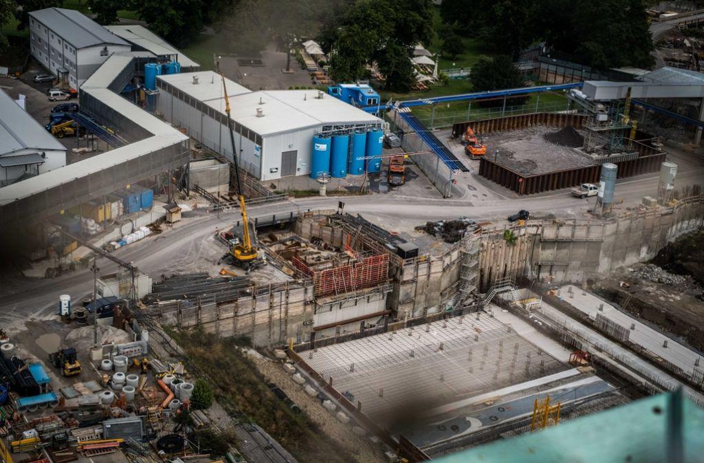 Auf der S-21-Baustelle geht's voran, doch hinter der Finanzierung stehen Fragezeichen. Foto: Lichtgut/Max Kovalenko