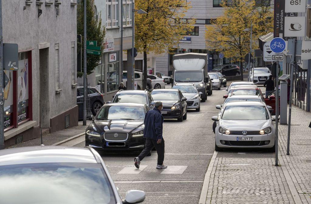 Die Problemzone in Böblingen: In der Poststraße werden die Stickoxid-Grenzwerte immer wieder überschritten. Foto: factum/Jürgen Bach