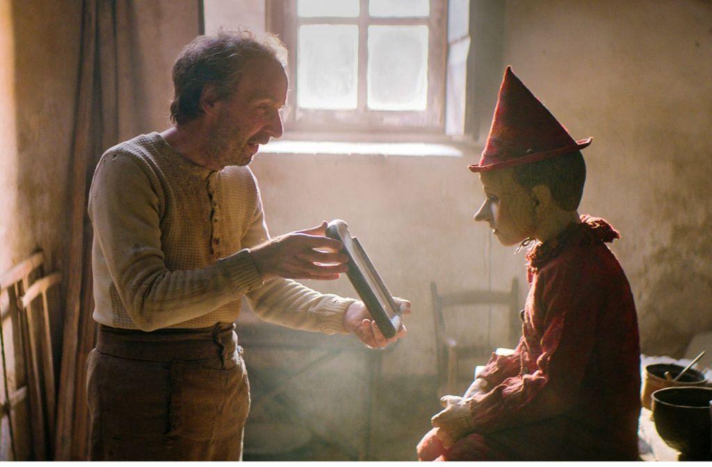 "Null Gegenwartsbezug:  ""Pinocchio"" mit Roberto Benigni (links) Foto: Berlinale//Greta de Lazzaris"